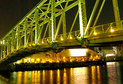 TYハーバーとふれあい橋の画像