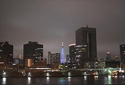TOKYOの高層建築と融合した景色の画像